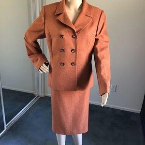 Le Suit 2PC. Skirt Suit Women's Size 12